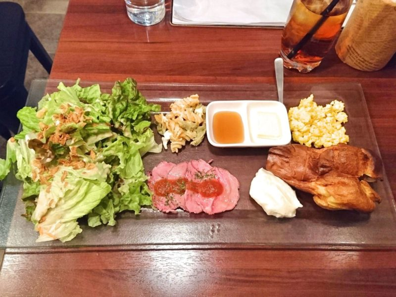 神楽坂のカフェ&バール1363でランチ