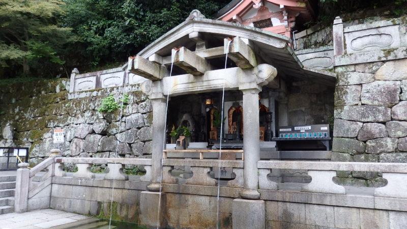 清水寺の音羽の滝