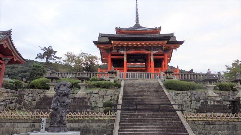 清水寺の西門